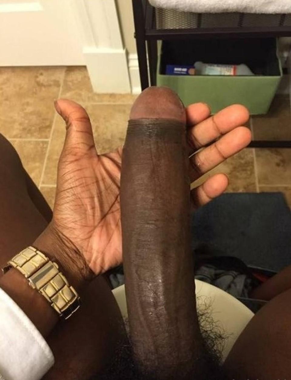 Самый огромный черный хуй фотки