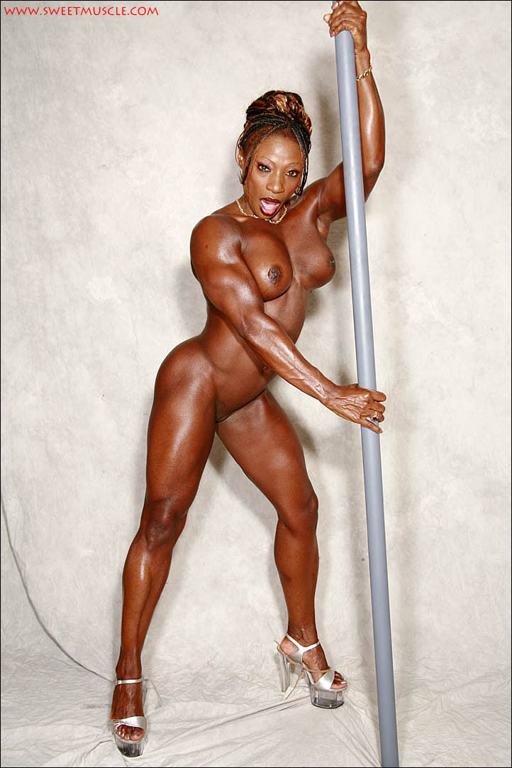 Angel sexy muscle female, fuck tites