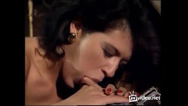 Рабская жена / La moglie schiava (1996)