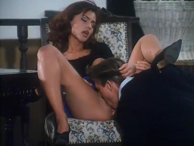 Показывают порно фильмы италия коварная красавица шлюху южно-сахалинск