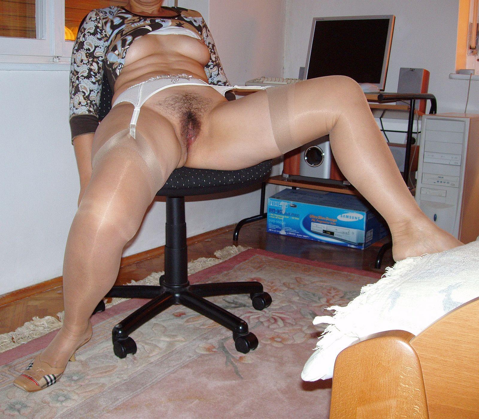 Тур огромными порно фото пизды зрелые колготках секс