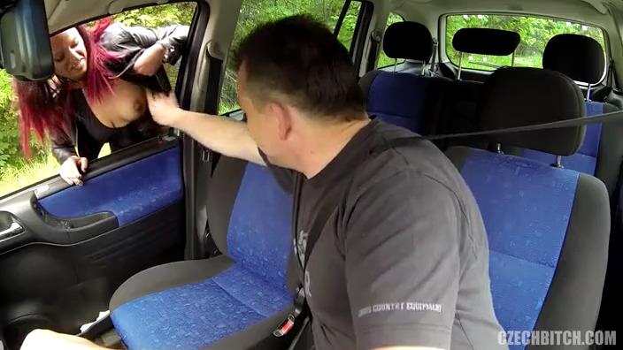 Секс в машине с чешской проституткой