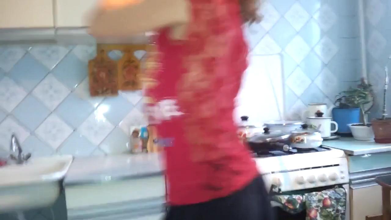 Стриптиз на кухне