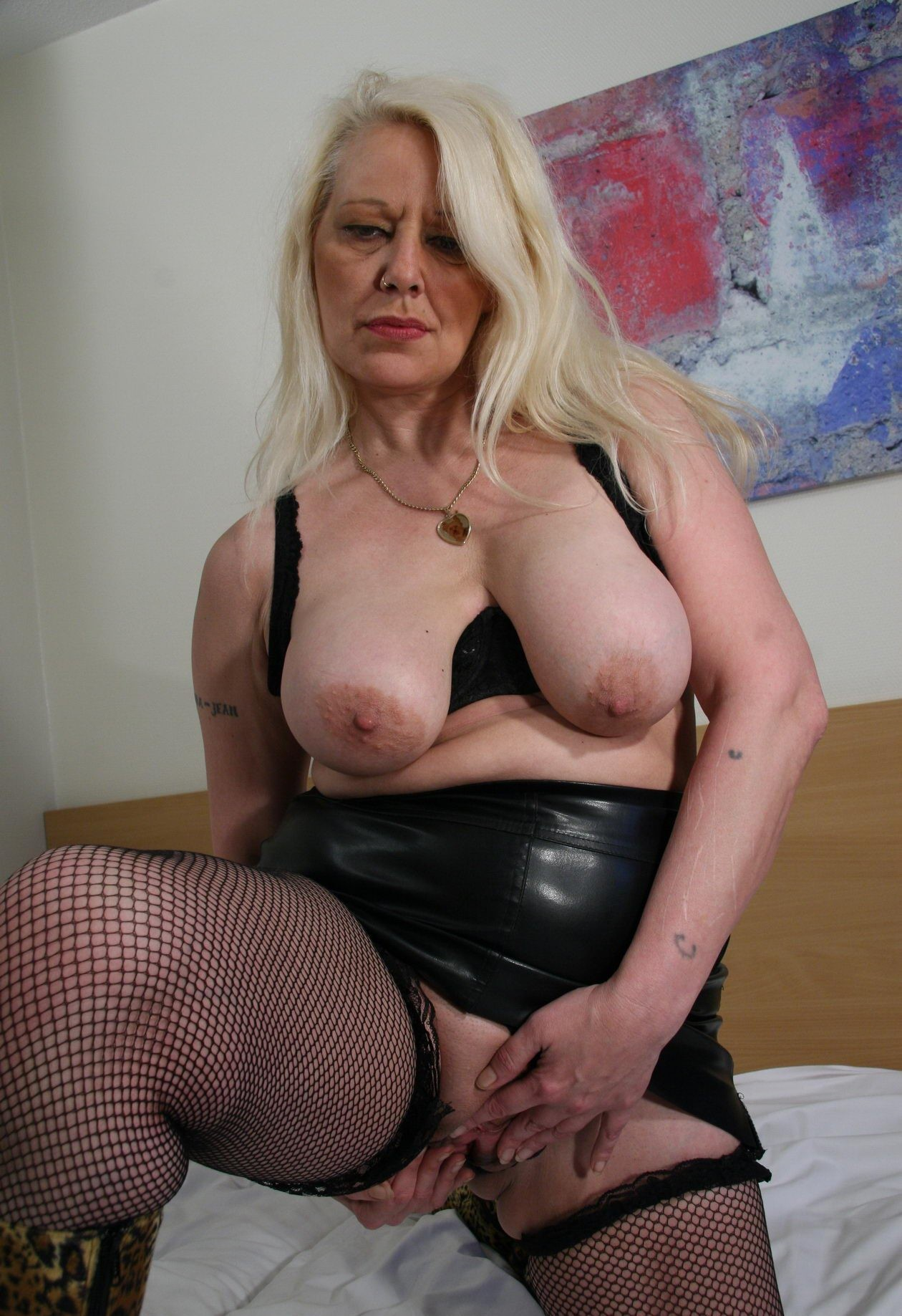 Mature kinky galleries 12