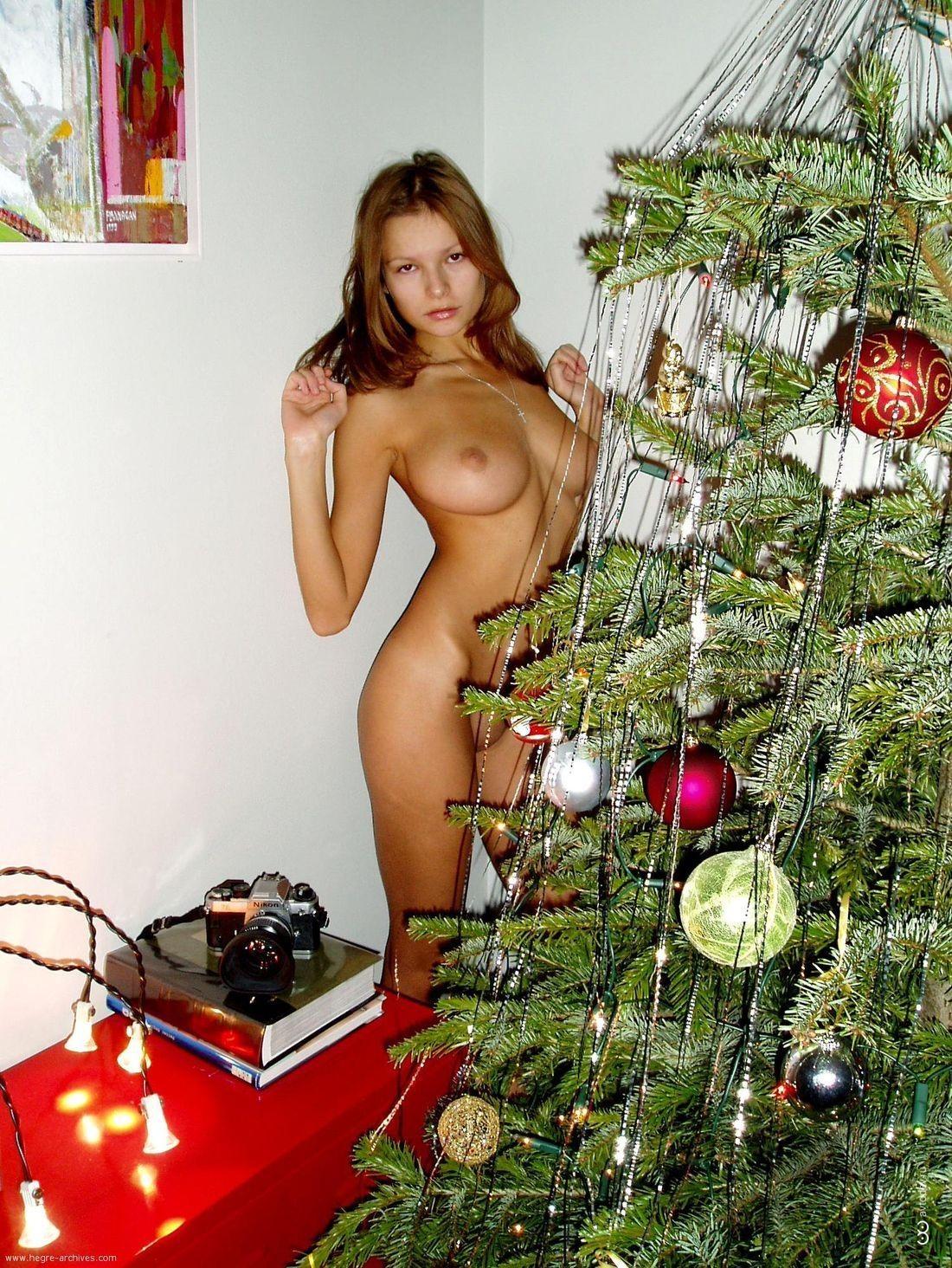 Naked Christmas Girl Nude