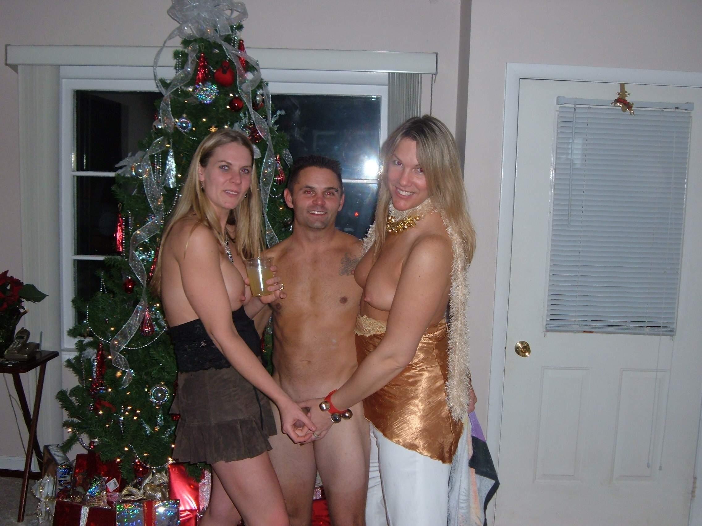 секс на новый год частное согнули мне