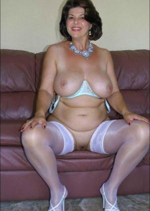 Сексуальные зрелые женщины - компиляция 23