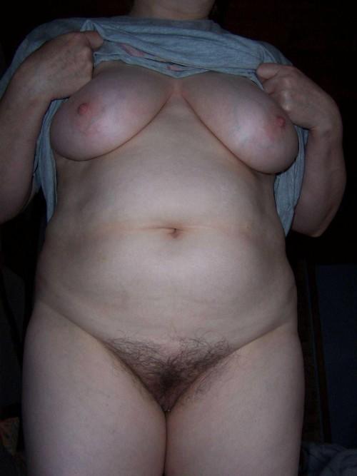 Пухлые женщины с волосатой пиздой - компиляция 13